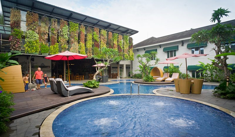 Patra Jasa Bandung Pool & Cafe
